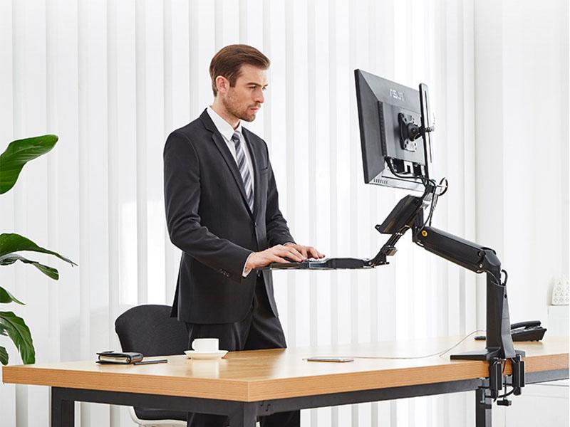 Stacja robocza na monitor i klawiaturę